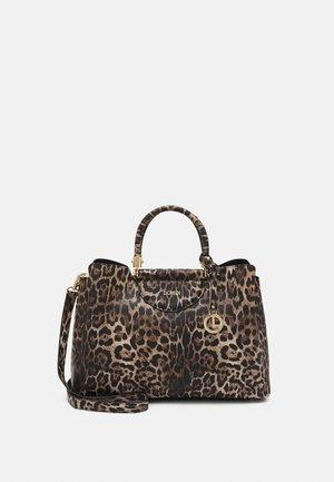 HENNA - Handbag - braun