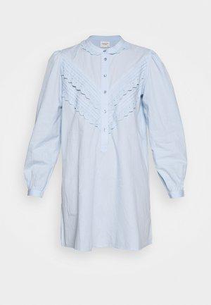 JDYMUMBAI LIFE - Košilové šaty - cashmere blue