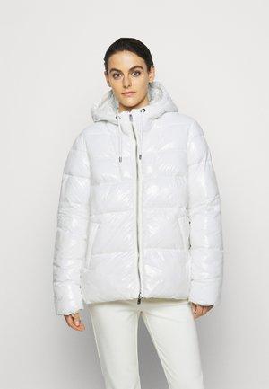 ELEODORO - Winterjacke - white