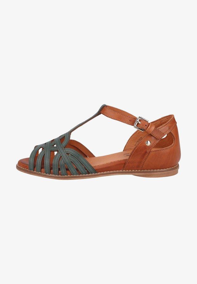 Sandals - emerald