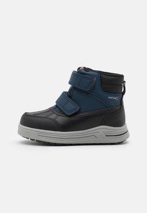 VIKEN UNISEX - Snowboots  - dark blue