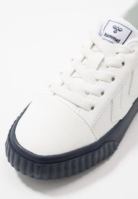 Hummel - BASE COURT CLASSIC  - Loafers - blue nights - 2
