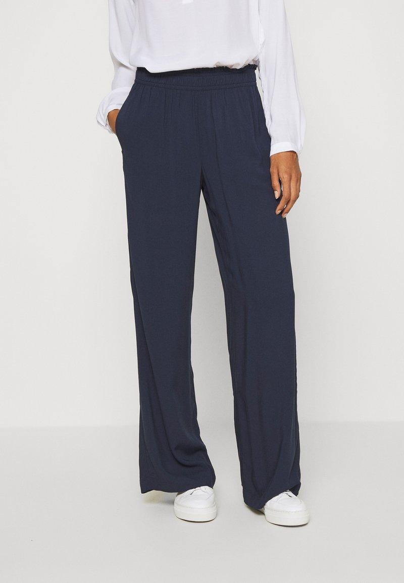 Esprit - FLOTY PANT - Trousers - navy