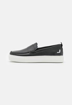 EXCLUSIVE SQUARED LOAFER - Tenisky - black