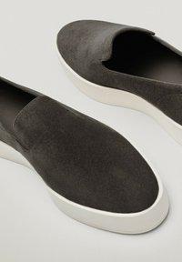 Massimo Dutti - Mocassins - dark grey - 5