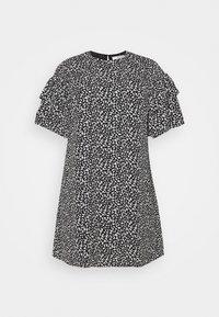 Selected Femme Curve - SLFCARL DRESS - Denní šaty - black - 3