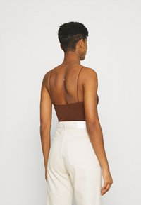 BDG Urban Outfitters - BUNGEE STRAP BODY THONG SNAP - Top - brunette