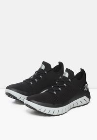 The North Face - M OSCILATE - Trainers - tnf black/tin grey - 2