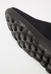 Skechers - ON THE GO JOY - Ankle boots - black - 2