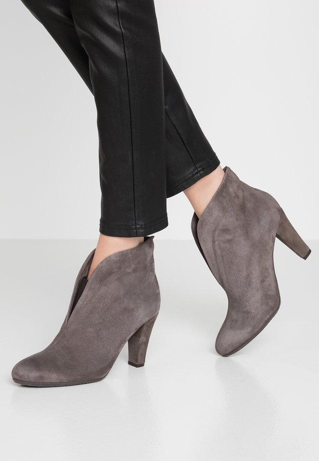 RIDA - Ankle boots - grey