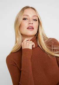 Anna Field - Stickad tröja - caramel cafe - 3