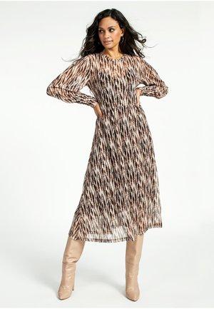 ZINNA  - Day dress - brown sugar dessin