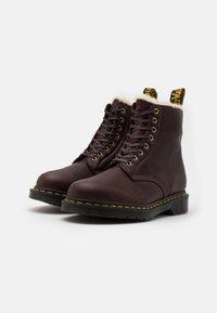 Dr. Martens - 1460 PASCAL UNISEX - Lace-up ankle boots - cask ambassador - 1