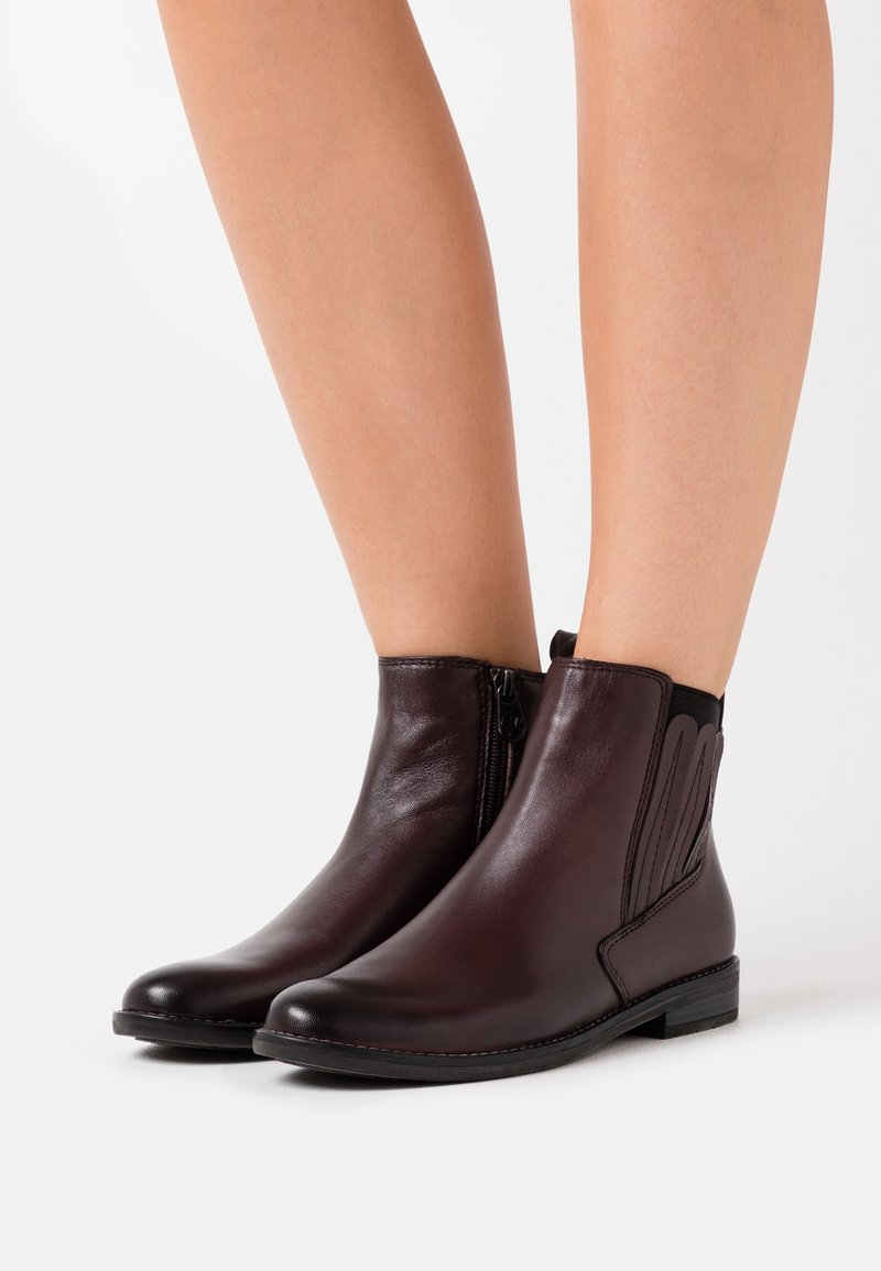 Marco Tozzi by Guido Maria Kretschmer - Ankle boots - bordeaux