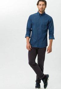 BRAX - STYLE CADIZ - Straight leg jeans - grey - 1
