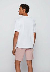 BOSS - Basic T-shirt - white - 2