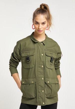 UTILITY  - Light jacket - militär grün