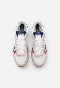 Pepe Jeans - BRITT MAN BASIC - Sneakers - white - 3