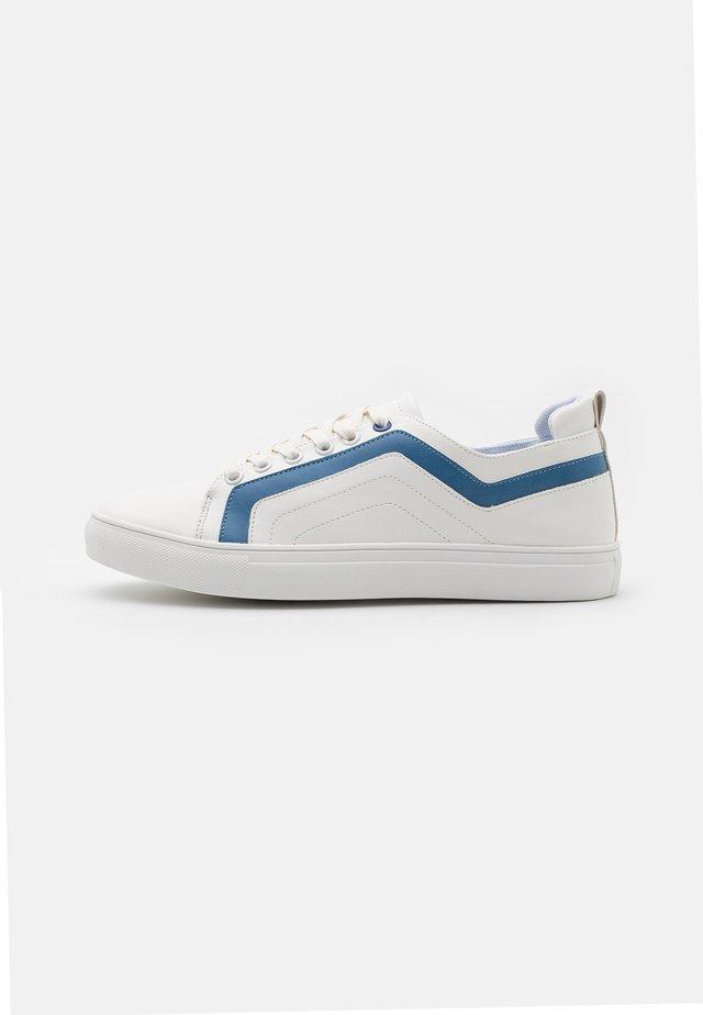 BARKLEY - Trainers - white/blue