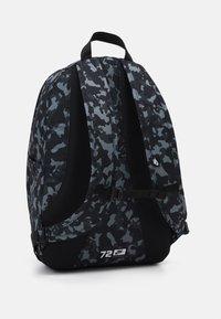Nike Sportswear - HAYWARD UNISEX - Rucksack - black/black/white - 1
