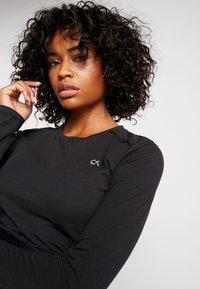 Calvin Klein Performance - LONG SLEEVE TEE - Langærmede T-shirts - black - 3