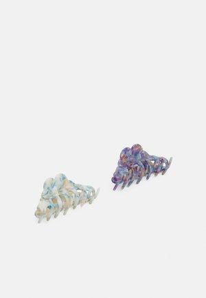 PCJANITO HAIR SHARK 2 PACK - Haaraccessoire - kentucky blue/jlime