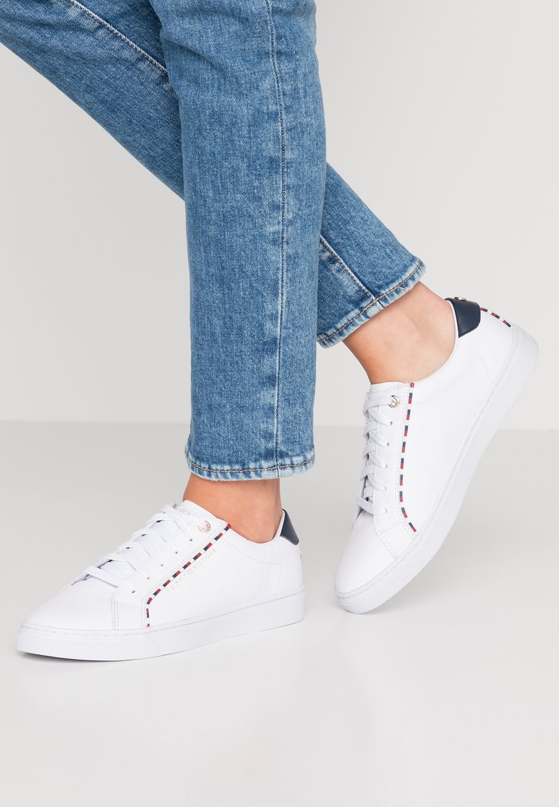 Tommy Hilfiger - CORPORATE DETAIL  - Trainers - white