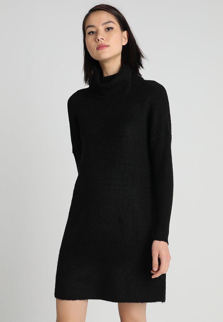 ONLY - ONLJANA COWLNECK DRESS  - Pletené šaty - black