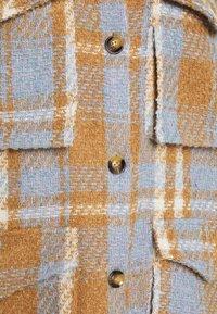 YAS - YASBILLY LONG SHACKET  - Classic coat - eggnog - 2