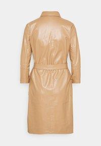 Esqualo - DRESS - Shirt dress - cappuccino - 1
