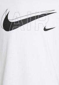 Nike Sportswear - TEE AIR - Camiseta estampada - white - 6