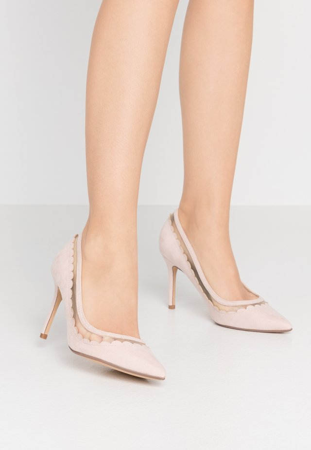 ELIZA SCALLOP DETAIL COURT - High heels - blush