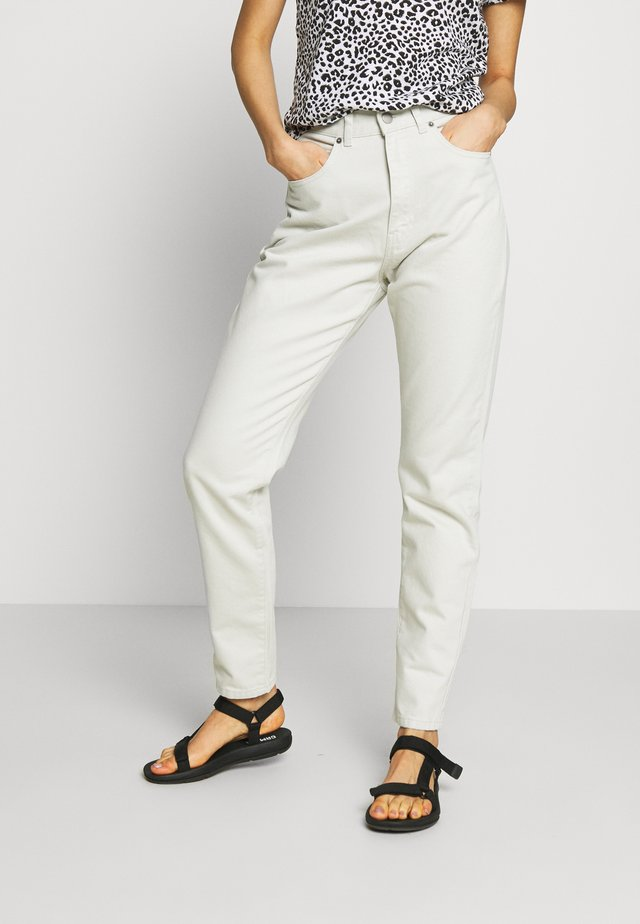 NORA MOM - Jeans baggy - washed pinfire