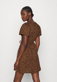 Madewell - WRAP DRESS IN LEOPARD - Day dress - brown - 2