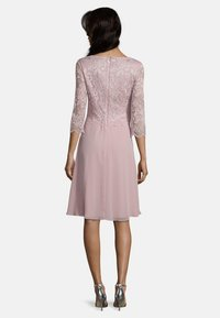 Vera Mont - Cocktail dress / Party dress - foggy rose - 1