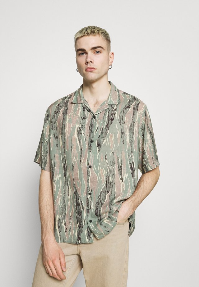 SERPENTES - Skjorter - khaki/green