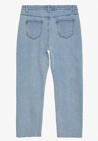 Lost Ink Plus - STRAIGHT EARL - Straight leg jeans - light denim - 1