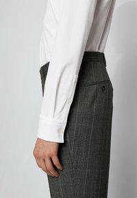 BOSS - JASON - Camicia elegante - white - 4