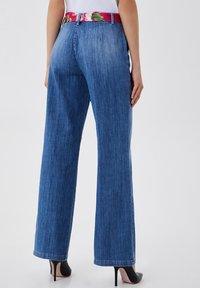 LIU JO - PALAZZO - Flared Jeans - blue denim - 2