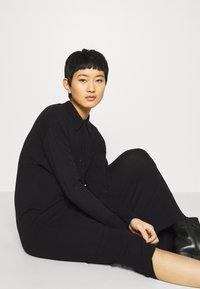 Another-Label - DEENA DRESS - Jumper dress - black - 3