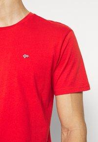 Napapijri - SALIS - Basic T-shirt - orange clay - 5