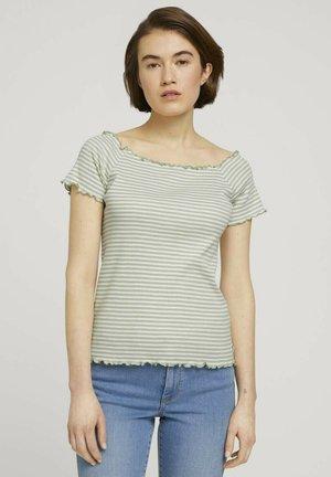 CARMEN - Print T-shirt - green