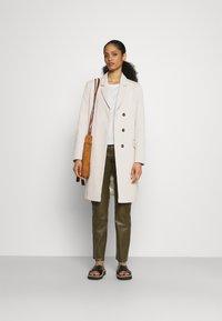 CLOSED - TINA - Classic coat - shiitake - 1