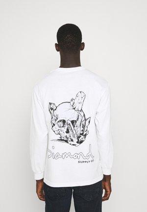 CRYSTAL SKULL TEE - Maglietta a manica lunga - white