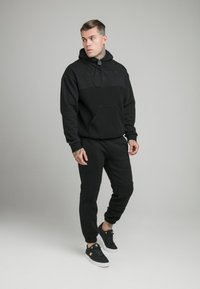 SIKSILK - ELASTIC CUFF PANT - Tracksuit bottoms - black - 1