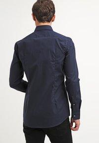 HUGO - JASON SLIM FIT - Formal shirt - navy - 2