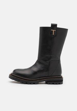 STIVALE - Høje støvler/ Støvler - nero