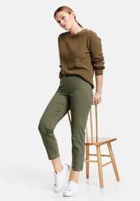 Gerry Weber - Slim fit jeans - green - 2
