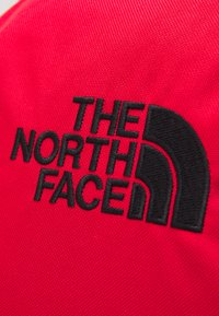 The North Face - VAULT UNISEX - Mochila - red/black - 4