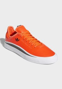 adidas Originals - SABALO SHOES - Sneakers - orange - 5